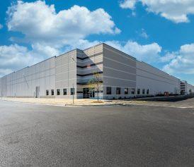 Precast: Crate and Barrel Warehouse